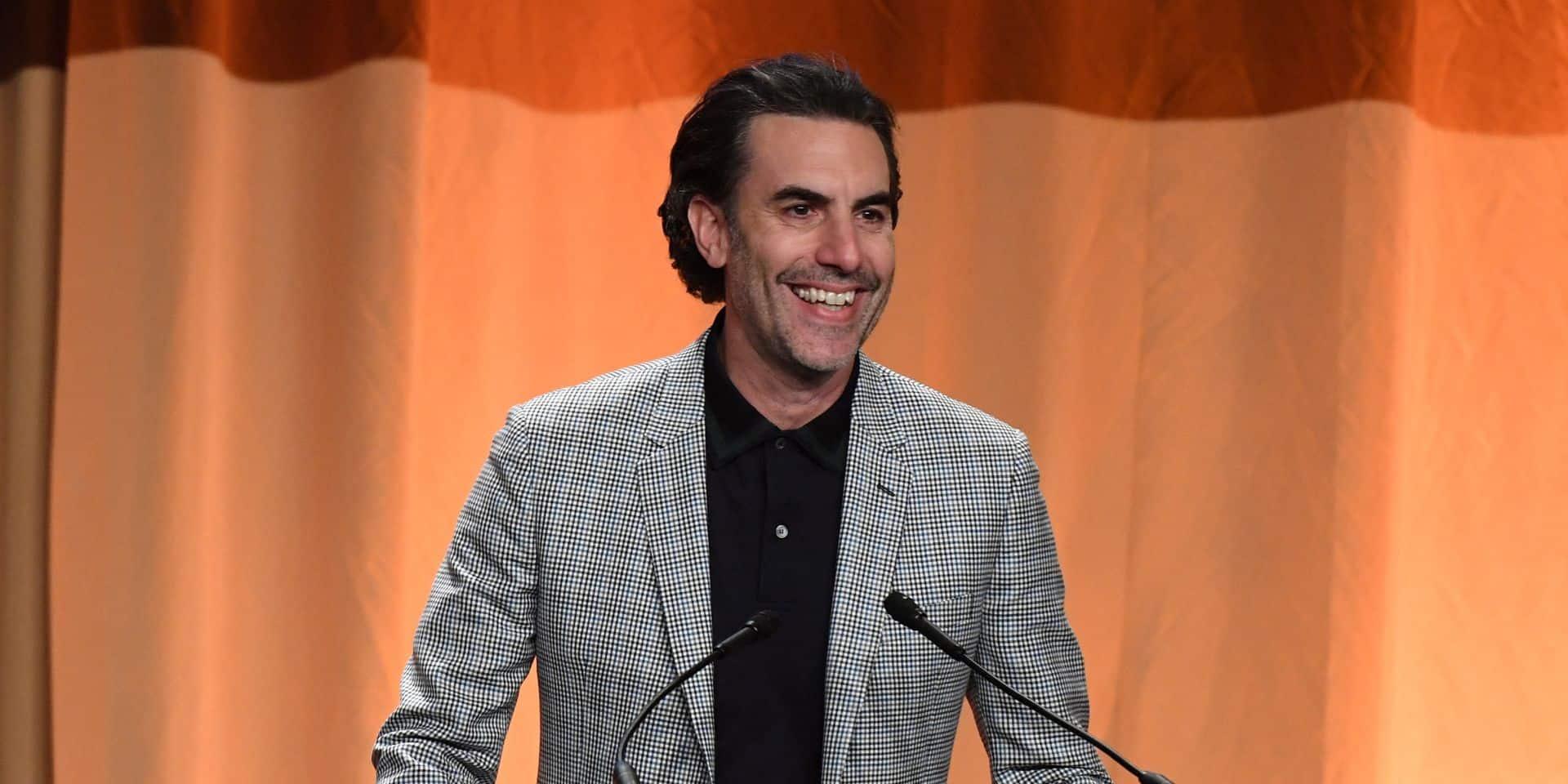 """""""Attendez, Donald Trump conteste le résultat"""": Sacha Baron Cohen se moque de l'ex-président lors de la cérémonie des Golden Globes"""