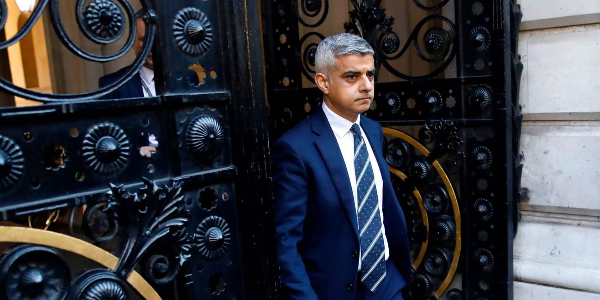 """Le maire de Londres effaré par les métros bondés: """"Ignorer les règles signifie que plus de vies seront perdues"""""""