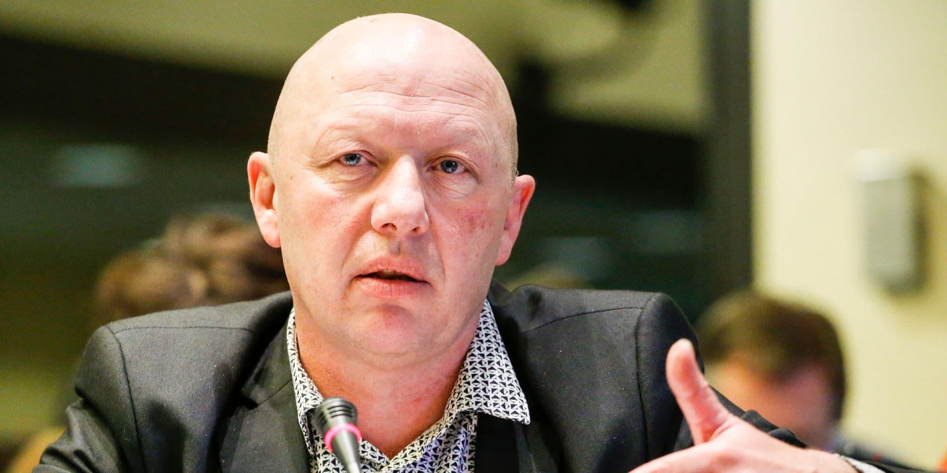 """Le bourgmestre de Vilvorde critique Bruxelles quant à l'obligation du port du masque: """"Nous déplorons la réaction si lente"""""""