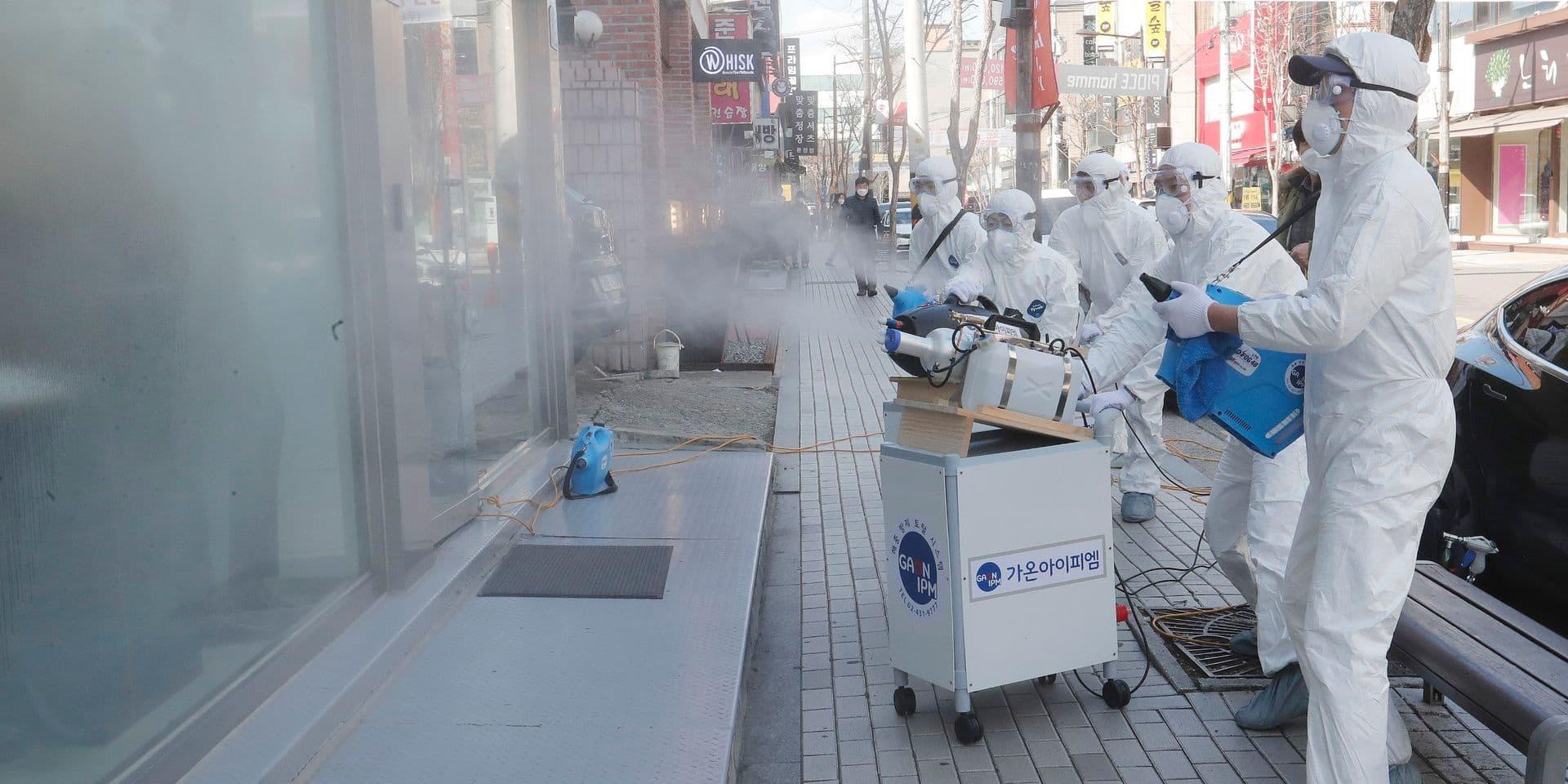 """""""La Chine aurait pu s'épargner de nombreux malades en réagissant plus tôt au coronavirus"""""""