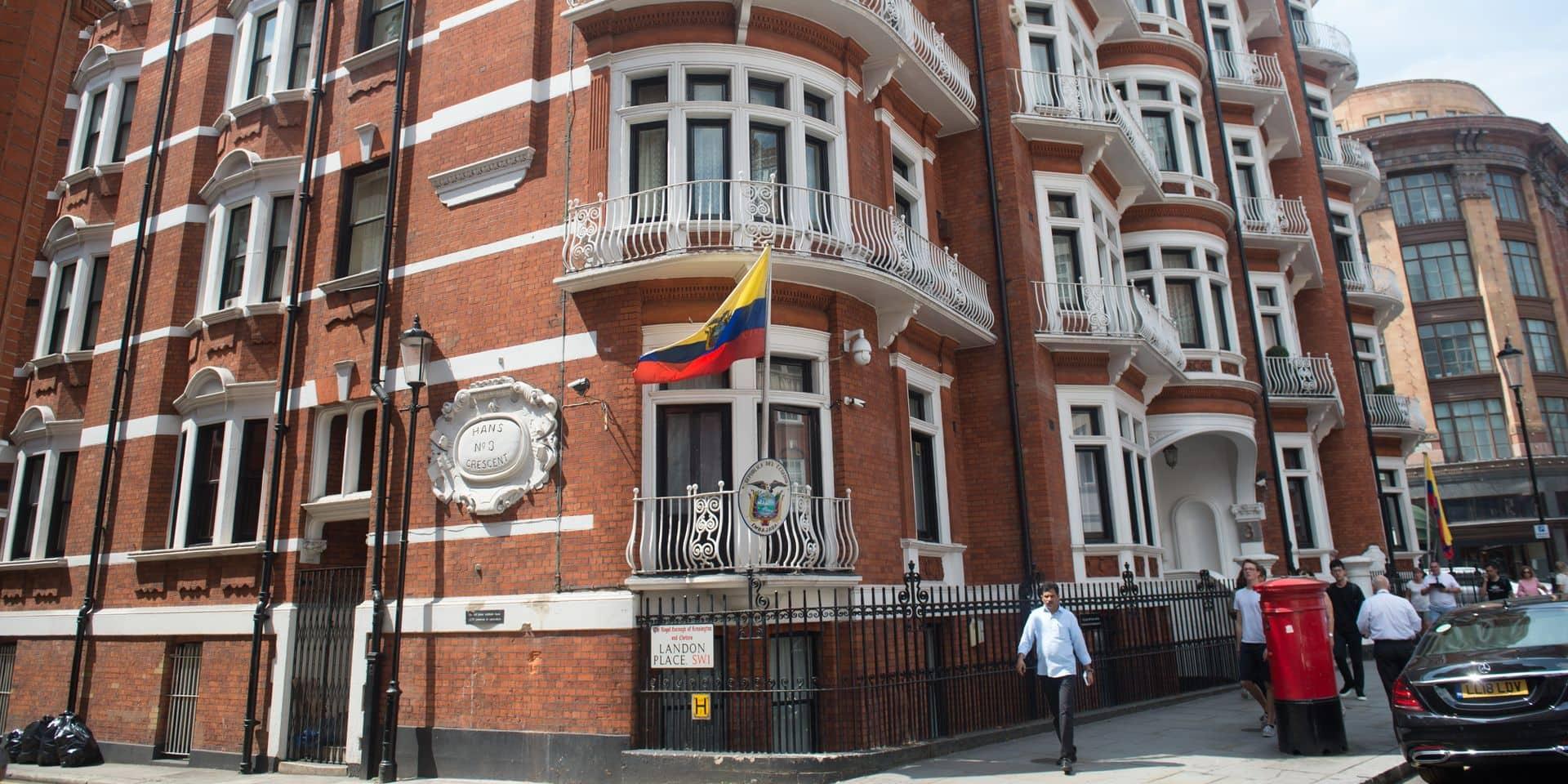 Le fondateur de WikiLeaks Julian Assange reste réfugié à l'ambassade équatorienne à Londres